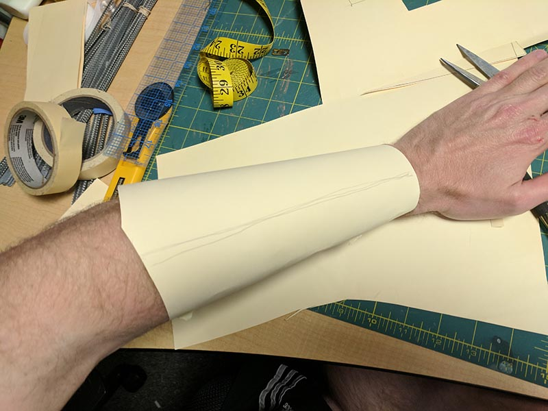 fitted bracer